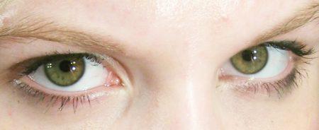 عين خضراء بالصور (2)
