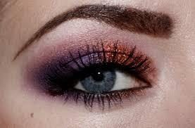 عيون سوداء (3)