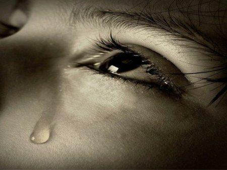 صور عيون دموع (3)