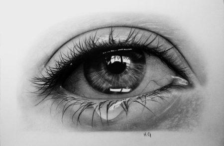 عيون حزينة (1)