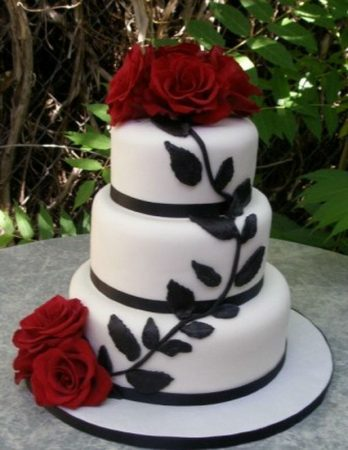 Marriage Anniversary Cakes Th Gothic