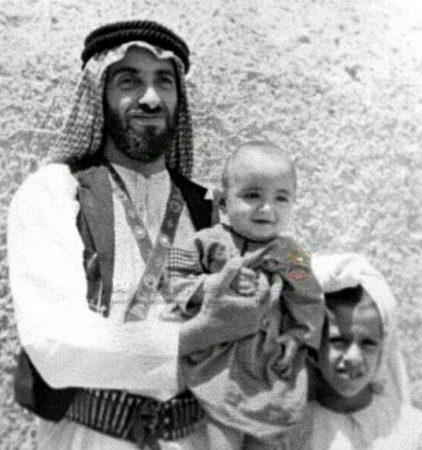 صور رمزية الشيخ زايد (1)
