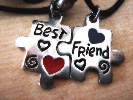 صور عن الصديقات (1)