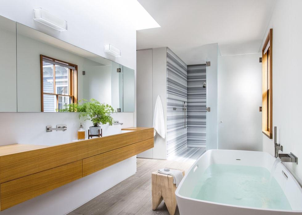 Bathroom Unique Small Bathroom Designs Bathroom Designs: احدث ديكورات حمامات 2018 احدث كتالوج ديكور حمامات
