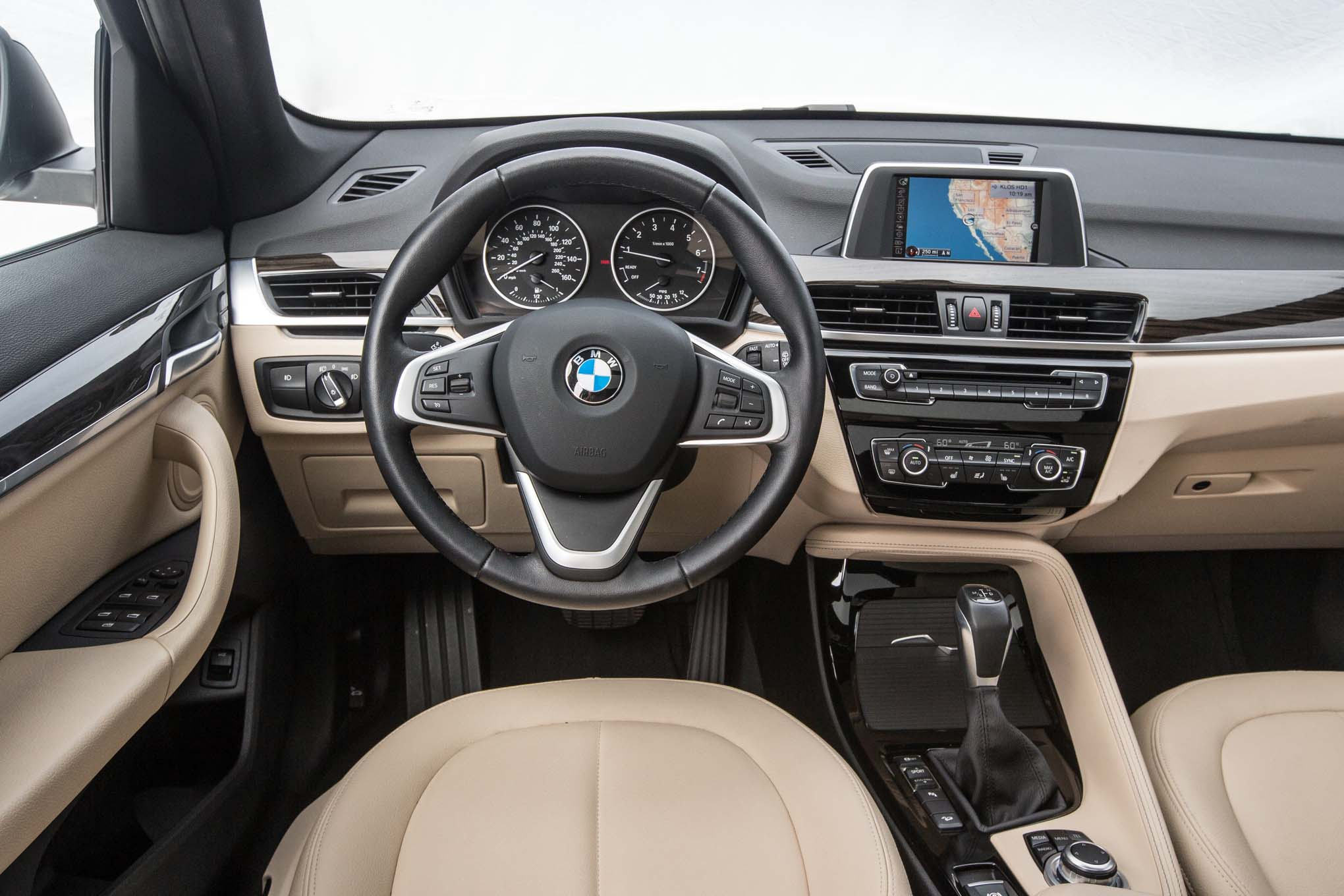 bmw car x1 photo (3)