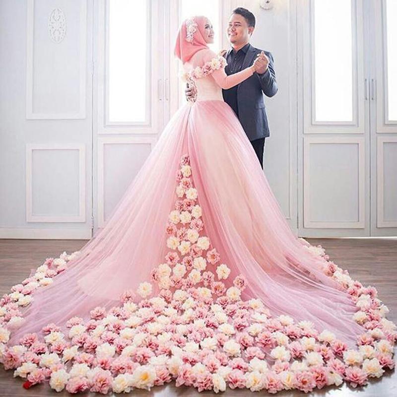 احدث فساتين زفاف محجبات 2018 (1)