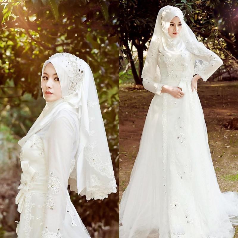 فساتين زفاف محجبات2018 (2)
