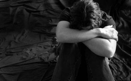 شباب حزينة صور رمزيات و خلفيات (1)