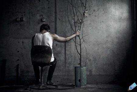 شباب حزينة صور رمزيات و خلفيات (2)