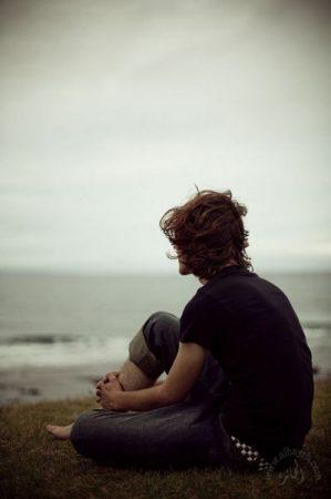 صور حزينة للشباب (2)