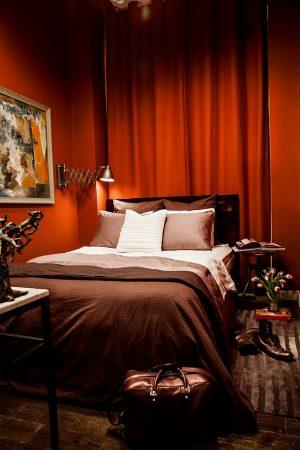 تشطيبات غرف عرسان حمراء (1)