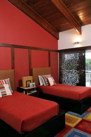 صور غرف نوم حمراء ديكورات غرف نوم باللون الأحمر (1)