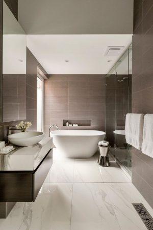 ديكورات حمامات 2019 احدث ديكورات حمام مودرن فخمة (1)