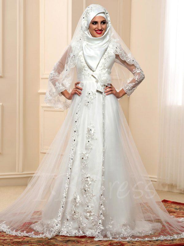 احدث فساتين زفاف 2021 3