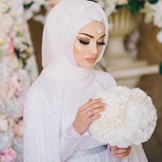 ارقي فساتين زفاف محجبات2021 2