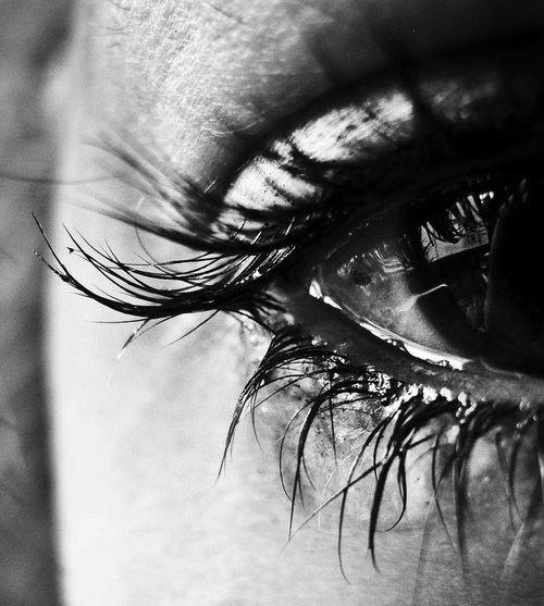 دموع عيون حزينة 3
